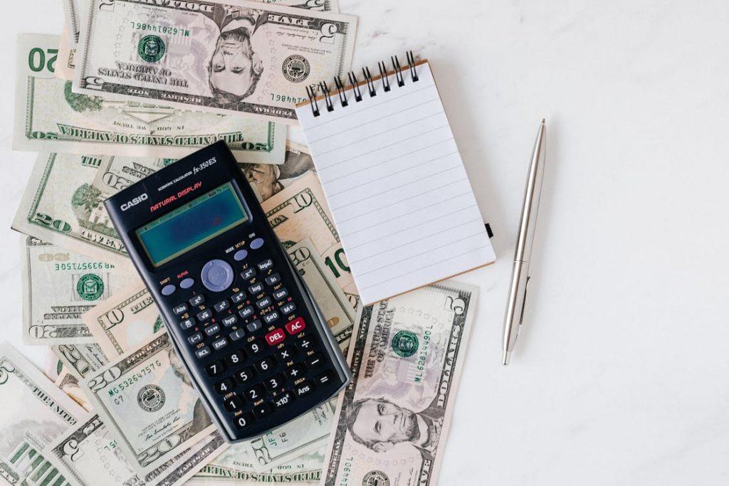laporan keuangan berfungsi agar keuangan perusahaan tetap on-track